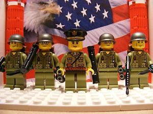 5x American Soldiers with M16's & M72 LAW's - Olive Green