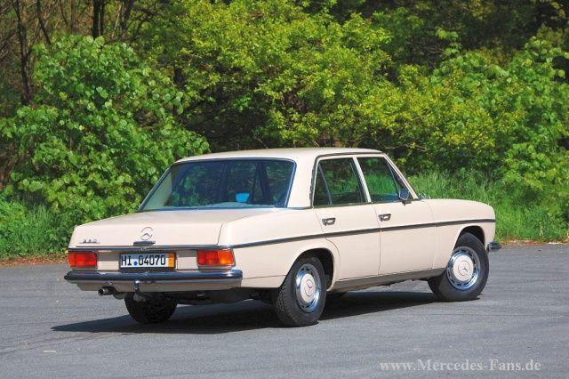 Der Mercedes-Benz Strichacht, auch /8 geschrieben, ist der erste Millionenseller aus dem Hause Daimler-Benz. Der Strichacht gehört auch zu den beliebtesten Mer