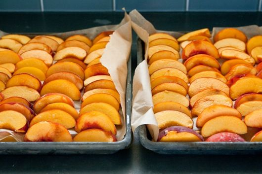 How to freeze peaches for smoothies with the peel on. (No blanching required)