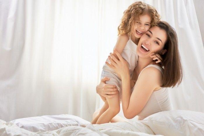 Цитаты о маме.   Вся гордость мира от матерей. Без солнца не цветут цветы, без любви нет счастья, без женщины нет любви, без матери нет человека. Максим Горький