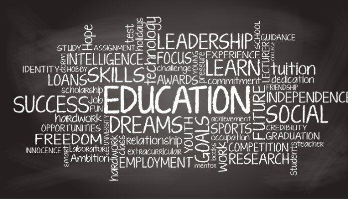 Samenvatting essay van Tex Gunning en Roel Esseboom in het kader van het congres Kwaliteit van Onderwijs op 25 juni 2015Als we met elkaar de dialoog aangaan over de kwaliteit van het onderwijs is het van belang dat we beginnen bij de vraag waarom we onderwijzen. Die vraag gaat ons allemaal aan want het antwoord bepaalt uiteindelijk met welke bagage onze kinderen straks de arbeidsmarkt betreden en hoe ze het leven in al zijn facetten tegemoet treden. Natuurlijk moet de onderwijssector in die…