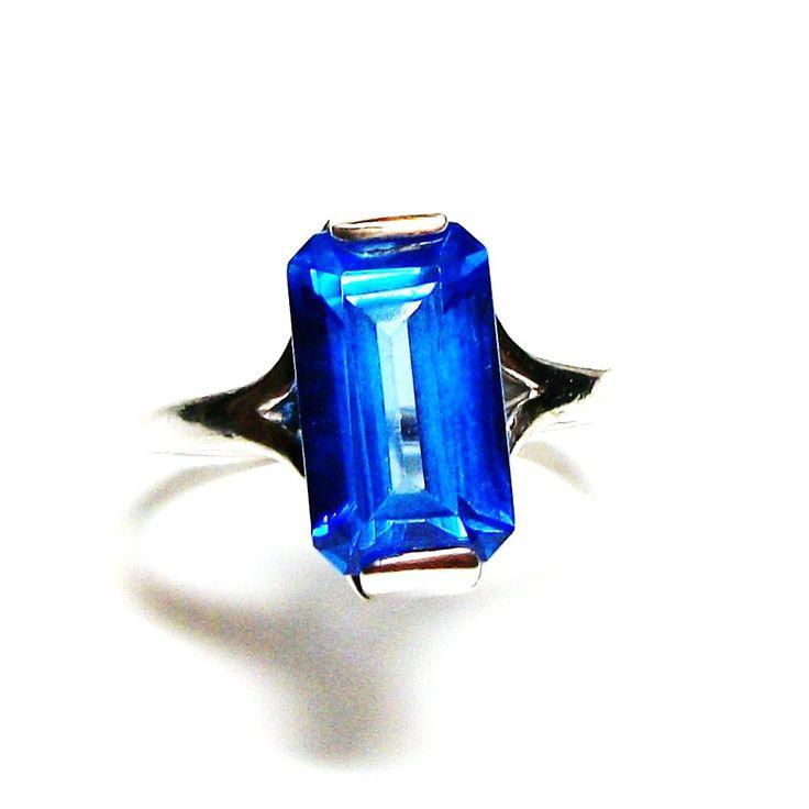 "Swiss blue topaz, birthstone ring,solitaire ring, electric blue, engagement ring, s 6 1/2   ""Electric Blue Slide"" by Michaelangelas on Etsy"