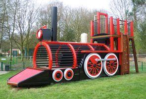 Childrens Playhouses & Playground Equipment