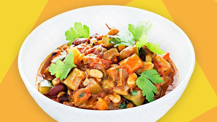 Vegetarisches Chili ist ein ausgewogenes Hauptgericht, das auch prima für Kinder mit einer Laktoseintoleranz geeignet ist. Hier findest Du das Rezept.