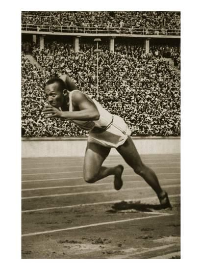 Jesse Owens at the Start of the 200m Race at the 1936 Berlin Olympics Giclee Print at AllPosters.com