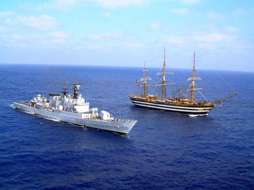 Navi e Velieri - Le unità della Marina Militare Italiana - Fregata Grecale