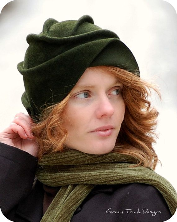 Sculpted Green Fur Felt Cloche Hat by GreenTrunkDesigns on Etsy, $189.00  Here is the front...