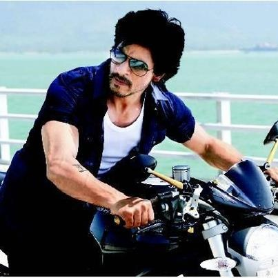 SRK on a motorcycle in Don2.