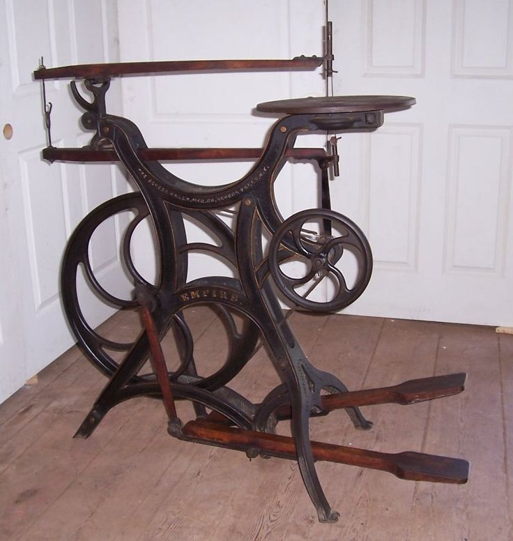 "Antique Scroll Saw: The ""Empire"" Was The First Large Saw Offered By Seneca"