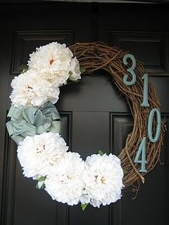 Easy DinnerFront Door Wreaths, Cute Ideas, Housewarming Gift, Wreath Ideas, Spring Wreaths, Front Doors Wreaths, House Numbers, Diy, Crafts