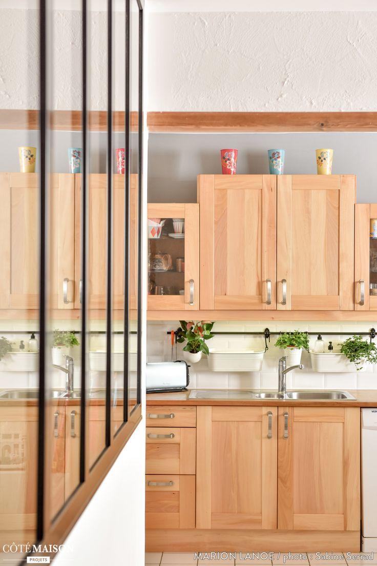 cuisine contemporaine avec meubles en bois et verri re d 39 int rieur cuisine pinterest. Black Bedroom Furniture Sets. Home Design Ideas