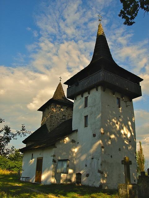 """Biserica de zid cu hramul """"Arhanghelul Mihail"""" din Gurasada, comuna Gurasada, județul Hunedoara"""