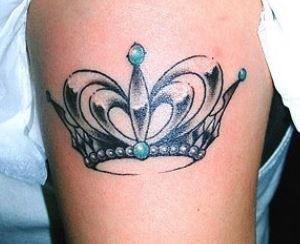 Tatuaggio corona da principessa