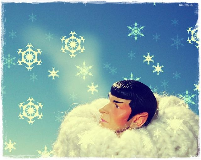 Spock in a Sweater… but Vulcans never … blush …: Sweater, Crochet Art, Knit Hacks, Blush