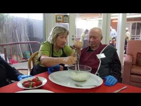 Purposeful activities for dementia: Alzheimer's Australia VIC - YouTube