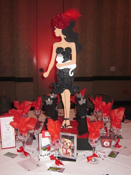 Fashion Show Table Centerpiece Designed By Wonderland Party Props Party Ideas Pinterest