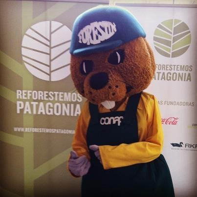 Forestin, el Castor de CONAF en lanzamiento de Reforestemos Patagonia.