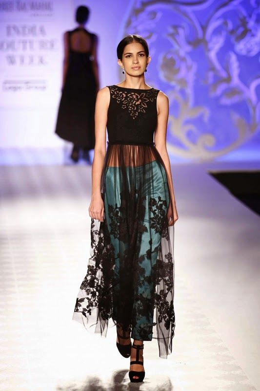 Fashion: Varun Bahl Show at India Couture Week 2014