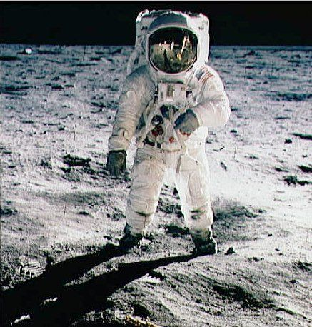 Moon landing. July 20th 1969 | My History | Pinterest