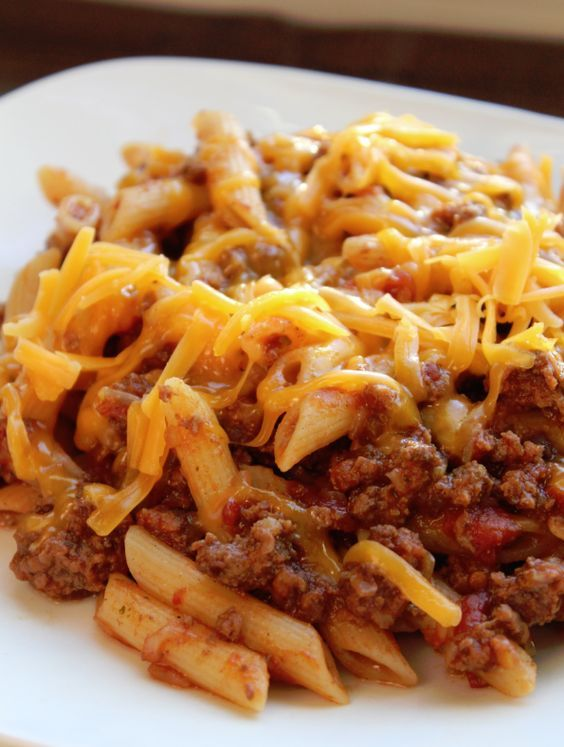 Crock Pot Cheesy Pasta and Beef Casserole Recipe plus 49 of the most pinned crock pot recipes