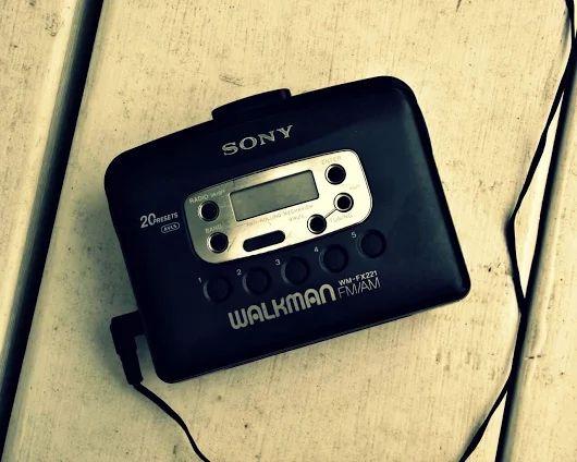 SONY WM-FX221 - Copyright www.1001hifi.com