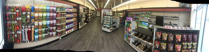 We're thrilled to celebrate the opening of another new store! We invite you to check out the 9th Global Pet Foods store in the Ottawa, ON region - 228 Hunt Club Road (in the Hunt Club Marketplace). They're looking to serving all pet lovers residing in that region! #newstore #globalpetoods #Ottawa