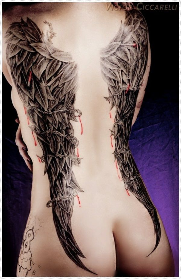 These Raven wings are incredible!! I love this idea but I don't know if I would be able to commit to something like this.