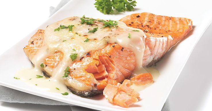 Saumon à la sauce béchamel au fromage - Rachelle Béry