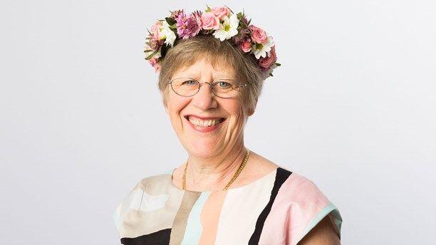 Sommarvärd 2014 Agnes Wold -   går till storms om våra myter!