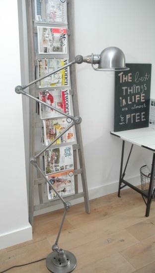 Jielde lamp, een echte eye catcher voor in je woonkamer! www. Door aggy