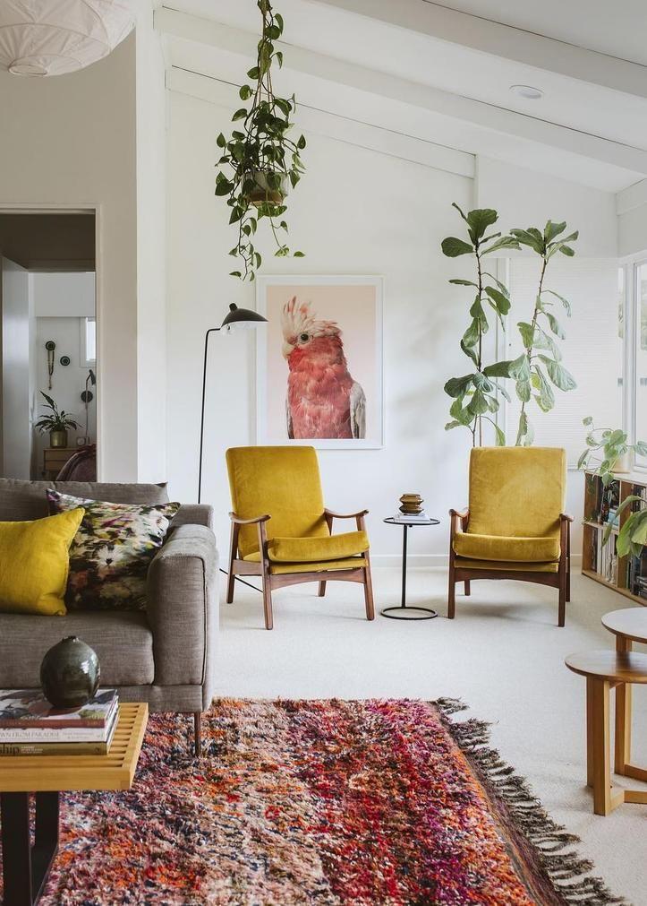 Een Witte Vloer Hoeft Niet Saai En Kil Te Zijn A White Floor Doesn T Have To Be Cold And Boring House Interior Mid Century Modern Living Room Living Decor