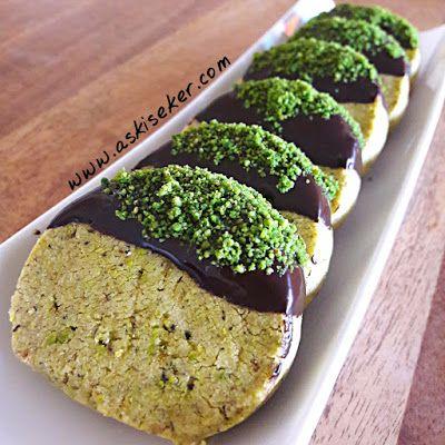 Fıstıklı Kurabiye tarifi nasıl yapılır antep kolay nefis videolu tatlı yemek tarifleri turkish peanut pistachio cookies dessert recipe delicious yummy taste tasty