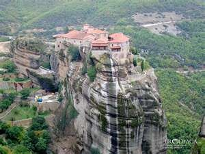 Meteroa, Greece: Favorite Places, Beautiful Places, Amazing Places, Travel, Meteora Greece, Heritage Site, Excited Places, Amazing Architecture, 10 Excited