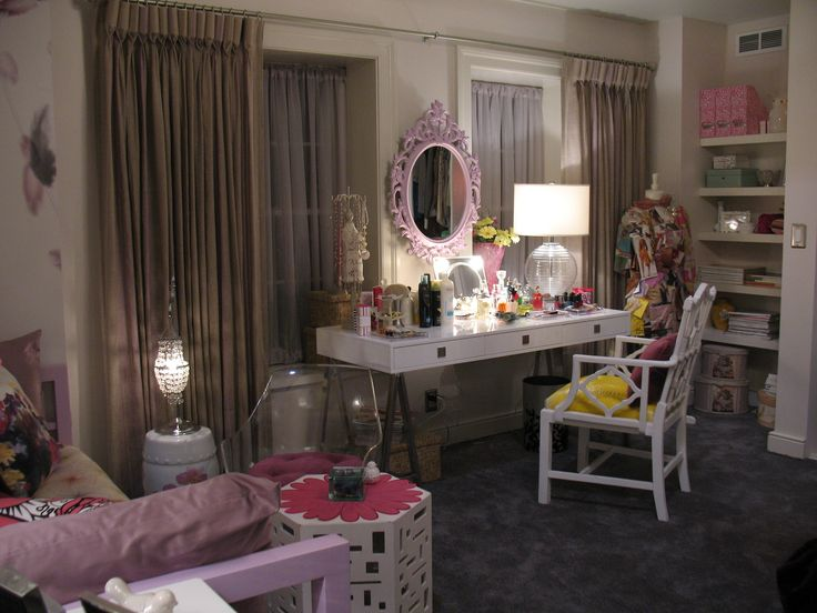 Hanna's room in Pretty Little Liars