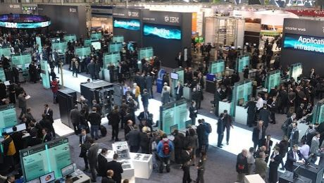 CeBit, expoziţia din viitor. Trei mii de companii își prezintă inovațiile la expoziţia dintr-un oraş german