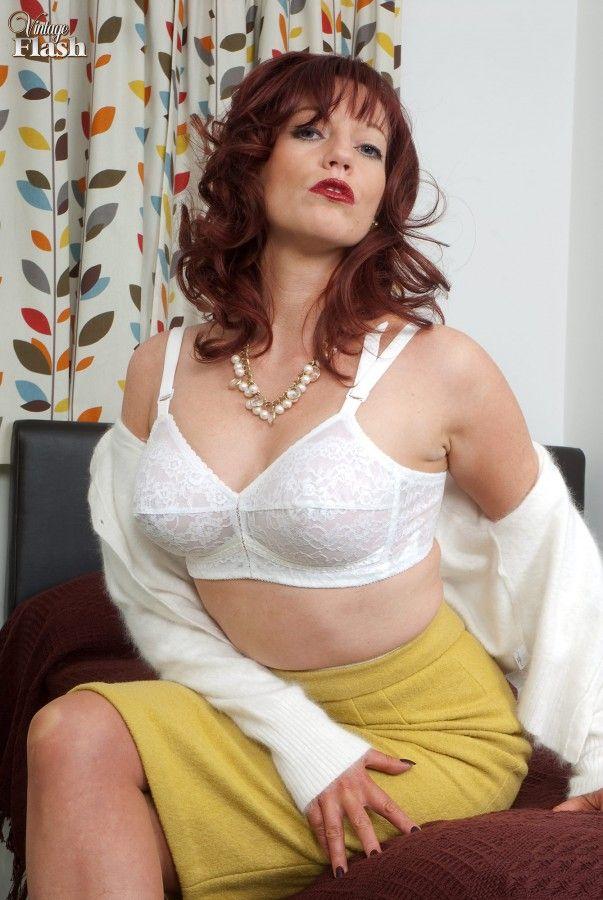 Holly Kiss Nude Photos 73