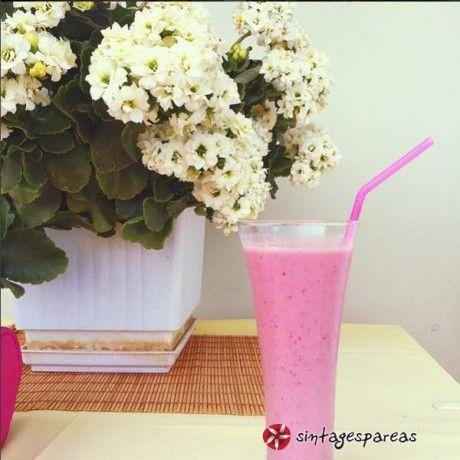 Νοστιμότατο smoothie φράουλα