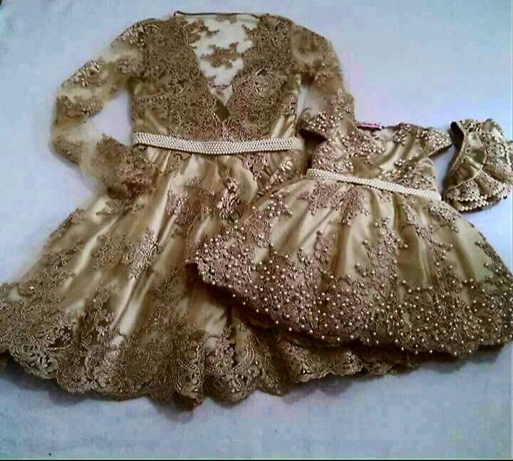 Vestido luxuoso  Tal mãe tal filha  Tamanhos sob consulta  Tecidos renda cetim com elastano