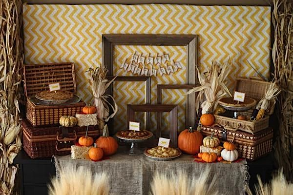 Darling fall party, love the pie display!