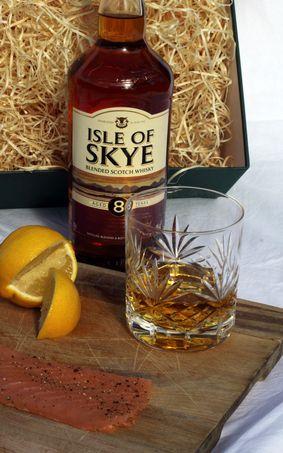8 Y.O. Isle of Skye Whisky with Ardtaraig Salmon Gift Box