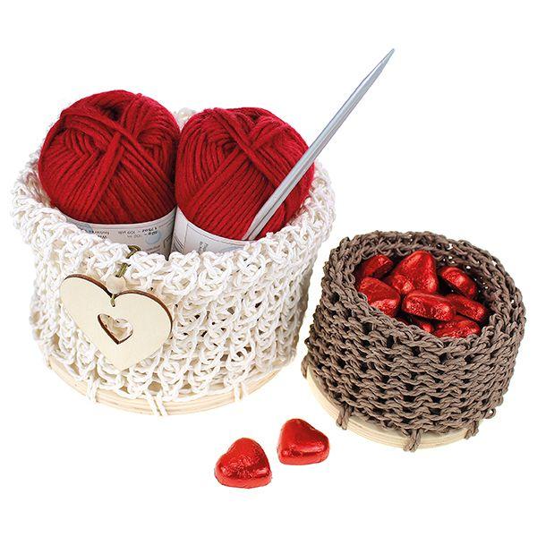 Ihanat paperinarukorit ovat myös oivia lahjoja. Täytä kori herkuilla tai muilla mukavilla lahjoilla!