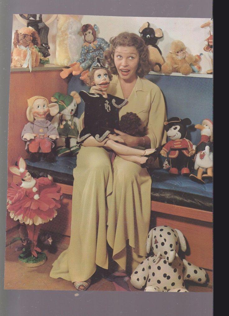 COLOR-PAPER MAGAZINE/BOOK/CALENDAR PHOTO OF-MARTHA RAYE-1-SIDE-BETTY GRABLE | eBay