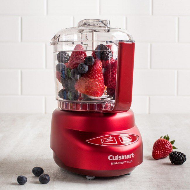 The most useful food prep tool just got better. Cuisinart's Mini-Prep Plus Processor now features a larger 3-cup (750 ml) bowl with a convenient handle. The auto-reversing SmartPower Blade feature and chop/grind touchpad control let you chop or grind ingredients instantly at the touch of a button.