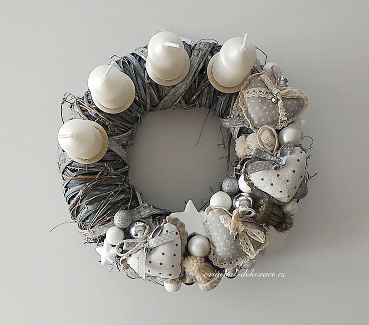 DEKORACE | Vánoční, adventní věnec na stůl, šedá patina - srdíčka, čepice | Originální dekorace, bytové doplňky a dárky ve stylu Provence - velkoobchod, maloobchod a e-shop.