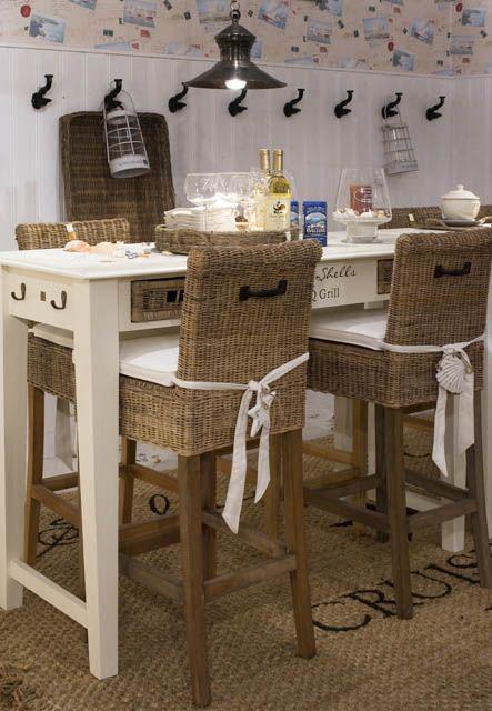 Hoge eettafel met rotan barkrukken interieur idee for Hoge eettafels