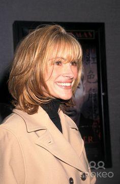 julia roberts short hair stepmom - Google Search