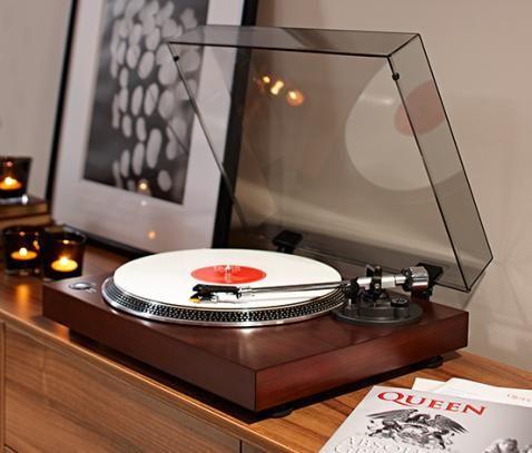 Drewniany gramofon 322602 w Tchibo 899zl