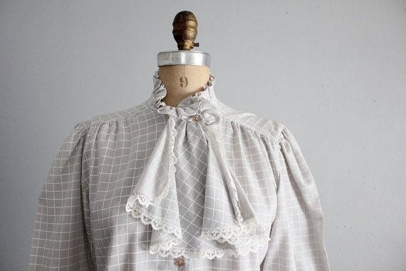 1970s vintage gray grid jabot blouse by #allencompany. #getinmycloset