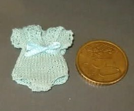 how to: crocheted babysuit