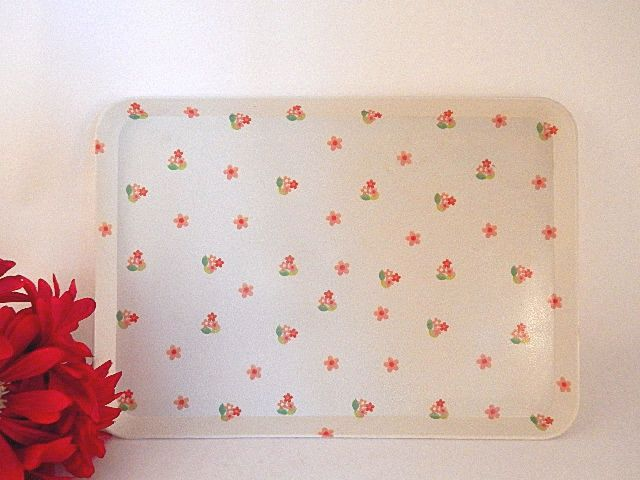 "Tray Food Serving Indoor Outdoor Entertaining Beverage Tray Retro Floral Personal Snack or Bar Tray 12"" x 8"" Kitchen Accessory Vintage 1970's Decor"